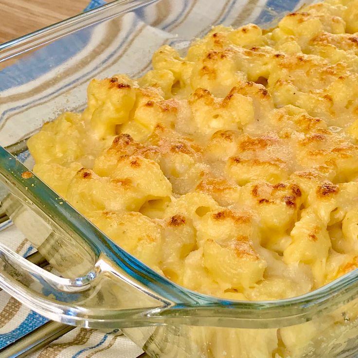 Cremosos y con mucho queso!!! Así son los Mac and Cheese, uno de los platos más famosos de los Estados Unidos🇺🇸 , es una receta súper sencilla de elaborar, videos paso a paso en elmundoenrecetas.com  #macandcheese #queso #macarrones #macarronesconqueso #recetafacil #recetadeliciosa #recetarapida #recetasdecocima #cheedar #recetasdelmundo #elmundoenrecetas #pastas #pastaconqueso #recetamaericana #madrid #españa #domingo #sunday #buencomer #americanfood #food #tasty #recetasmagicas #cena Tasty Videos, Food Videos, Mac And Cheese Receta, Food Places, Food Cravings, Cooking Recipes, Eel Recipes, Crab Recipes, Diy Food