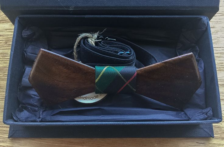 Wooden Bow Tie, Walnut wood