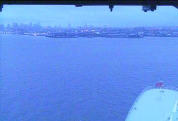 Queen Mary 2 - Bridge (Forward) Webcam / Camera arriving in New York 16 May 2014