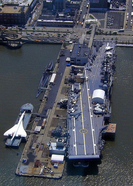 "USS Intrepid Aircraft Carrier by seth_holladay (mit ""Concorde"")"