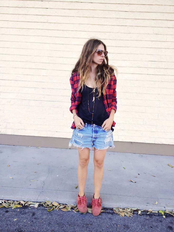 : C O Ascotfriday, Clothes Style, Chubby Girls, Plaid Shirts, Ascot Friday, Beautiful Style, Flannel, Plaid Fashion Inspo, Fashion Miscellany
