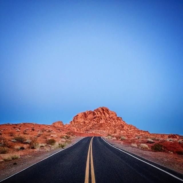 Go out on a whim and take an otherworldly road trip through #Nevada's Valley of Fire State Park.    Photo courtesy of ravenreviews on Instagram