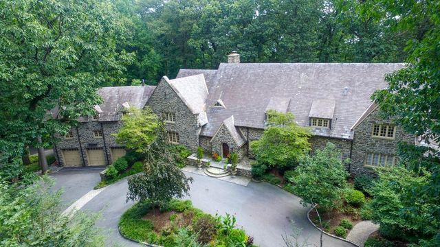 I love the outside of this house but the inside needs some work.  $2,350,000  8 beds, 6 full and 3 half baths, 9,346 sq ft, 3.5 acres lot  2336 Woodwick Rd Lancaster, PA 17601   Check out this home I found on Realtor.com. Follow Realtor.com on Pinterest: https://pinterest.com/realtordotcom