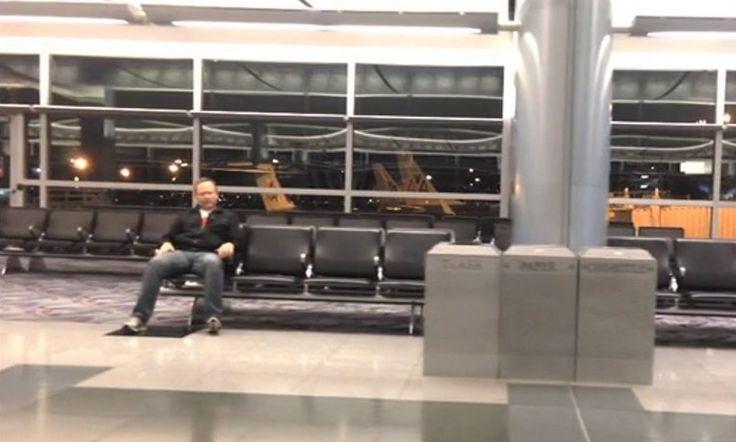 O que fazer quando estiver sozinho no aeroporto de Las Vegas | Super Pérolas