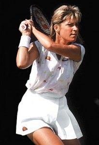 Chris Evert won 7 French Open titles in 9 final appearances.