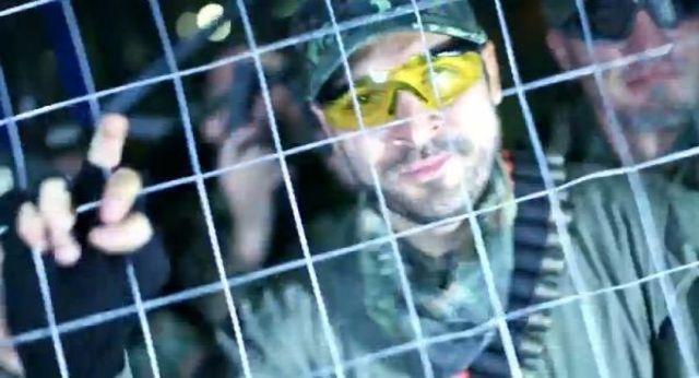 Videoclip CRBL feat Adda & Raku – Ca la bombardamente  http://www.emonden.co/crbl-feat-adda-raku-ca-la-bombardamente