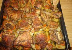 A családi összejövetelek kedvenc fogása lehet ez a könnyen összedobható, finom étel! Alig van vele munka, mégis nagyszerű recept! Hozzávalók: 6 csirkecomb (alsó, felső) 6 gerezd fokhagyma 50 dkg burgonya 4 sárgarépa rozmaring 1 teáskanál...