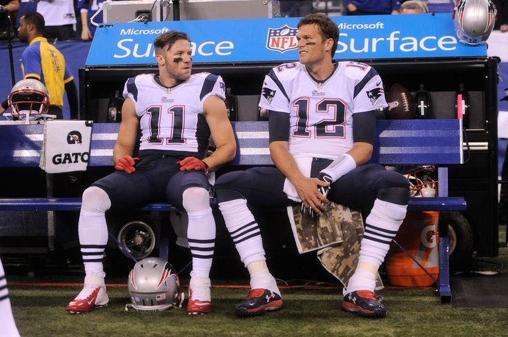 Patriots Gridiron News 10/27: Julian Edelman Explains 'The Look' He Gives Brady