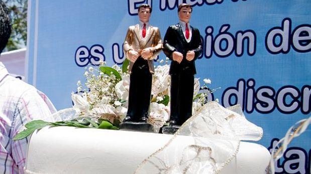 Cerca a la Medianoche: Unión civil: Poder Judicial respaldó proyecto de C...