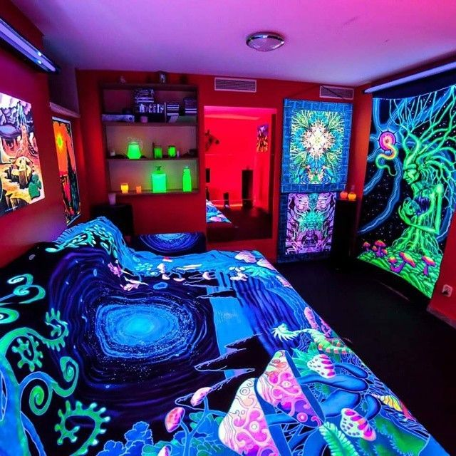 Sparkling Blacklight Bedroom Decor