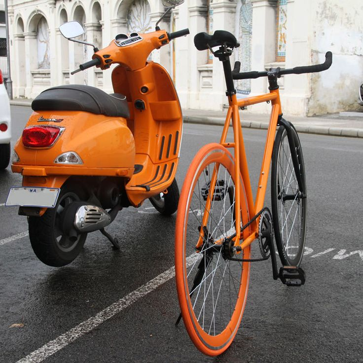 Same same but different. #orangeisthenewblack #urbanicbikes #fixie #bikes #scooter