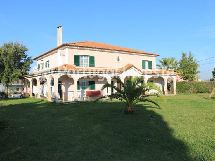 Vende Moradia T11, lote de 5800 m², campo de ténis, Pinhal Novo - Portugal Investe
