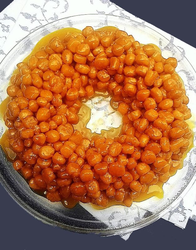 Struffoli (pingos de mel — doce napolitano de Natal)