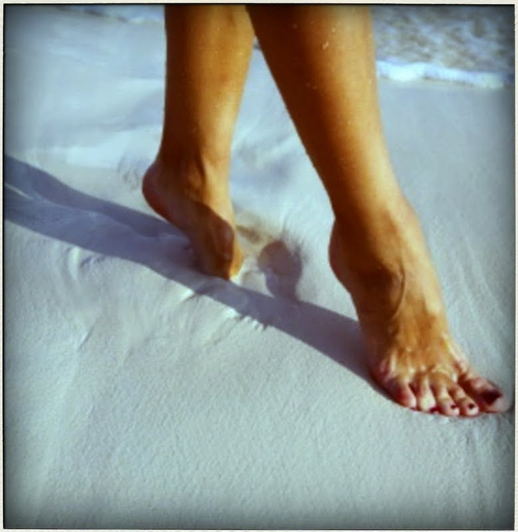 Sand between your toesShoots Ideas, Wide Angled, Places I D, Ocean Breeze, Cameras Eye, Dreamy Destinations, Angled Watchers, Toes Walks, Sandy Toes