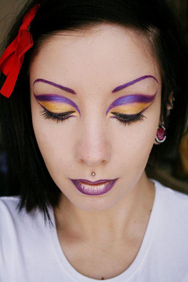 Beautiful Purple and Gold Make Up