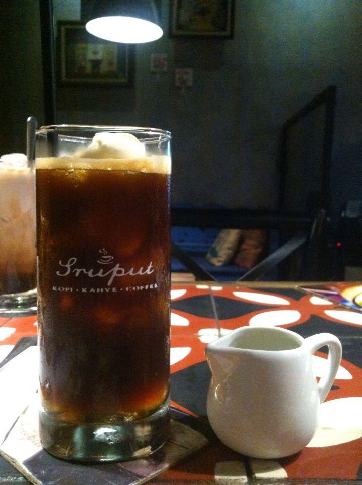 Ice espresso float
