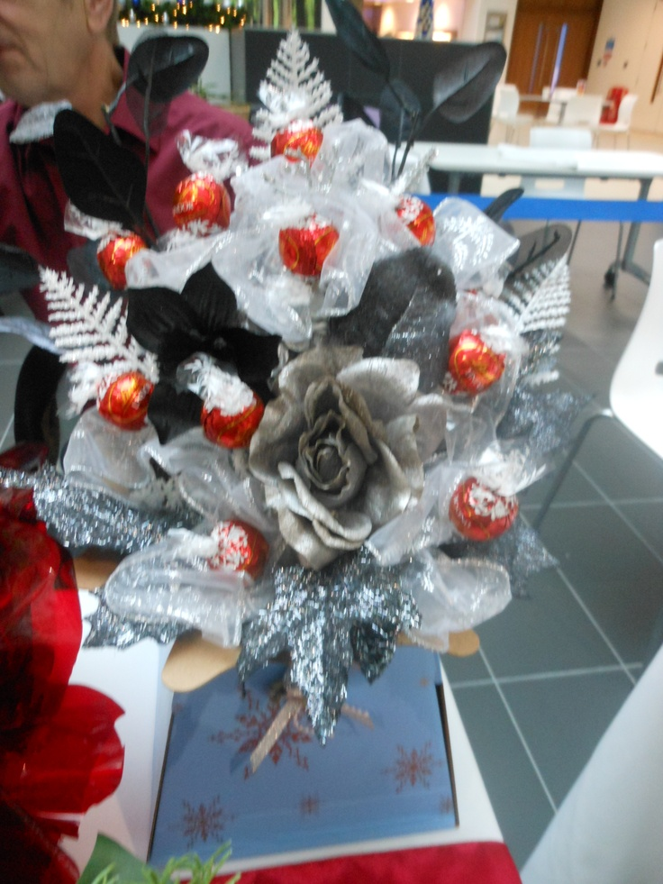 silver and black bouquet with lindt chocolates
