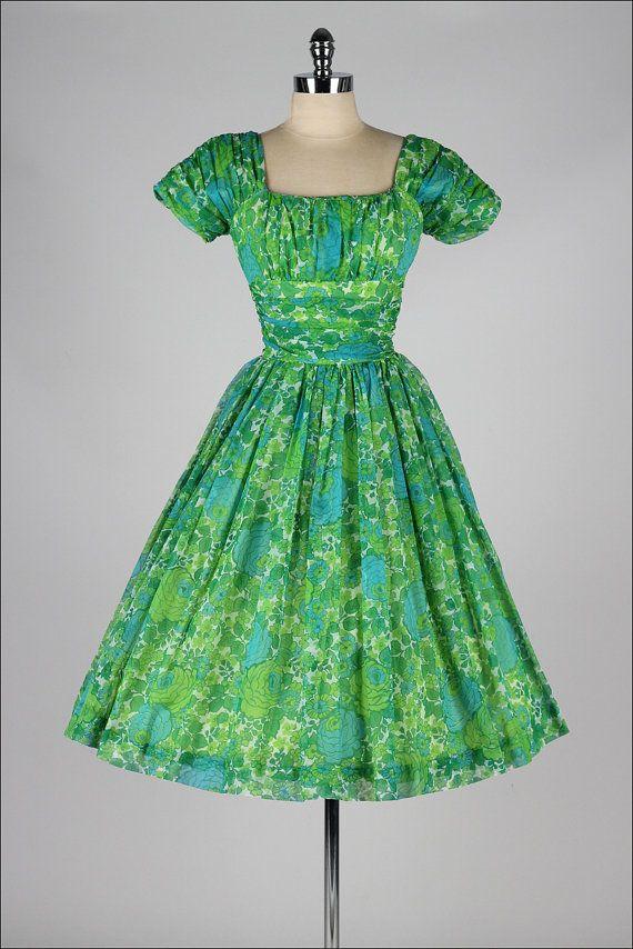 vintage 1950s dress . JONATHAN LOGAN . green by millstreetvintage