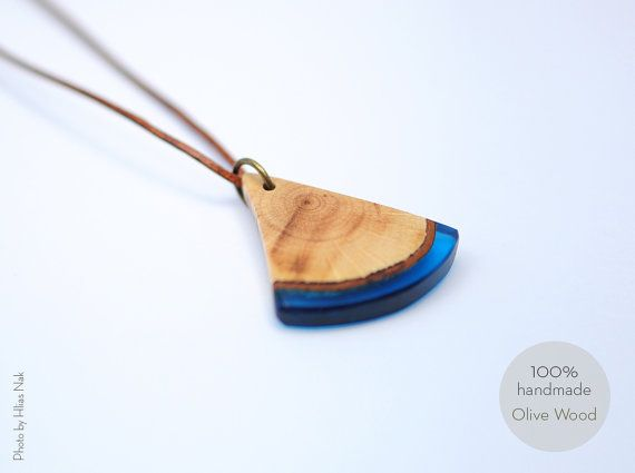 Handmade jewllery, Olive wood and resin necklase, Necklase with natural materials Greek islands.