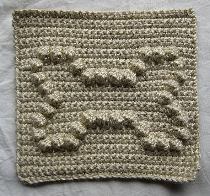 Ravelry: Dog Bone Bobble Chart by Kari Philpott