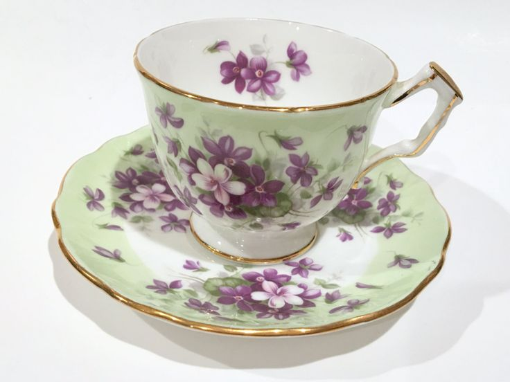 Best 25+ Antique tea cups ideas on Pinterest | Bone china ...