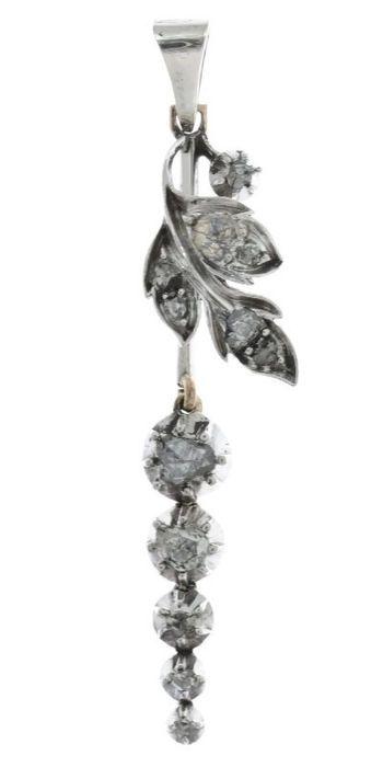 Online veilinghuis Catawiki: Zilver en gouden Victoriaanse hanger met diamanten - ca. 1870