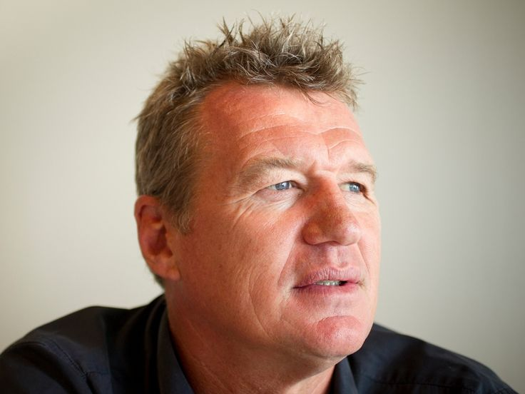 An examination on the remarkable effort of Sir John Kirwan to raise awareness about mental health.