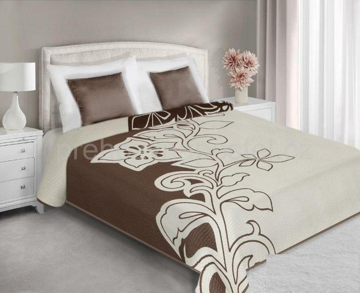 Přehoz na postel oboustranný hnědo krémové barvy vzorovaný
