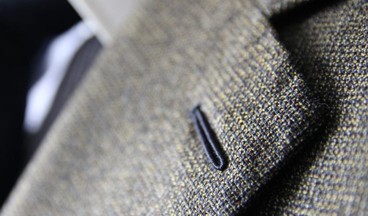 Milanese buttonhole on a bespoke suit - Made by Sebastian Hoofs