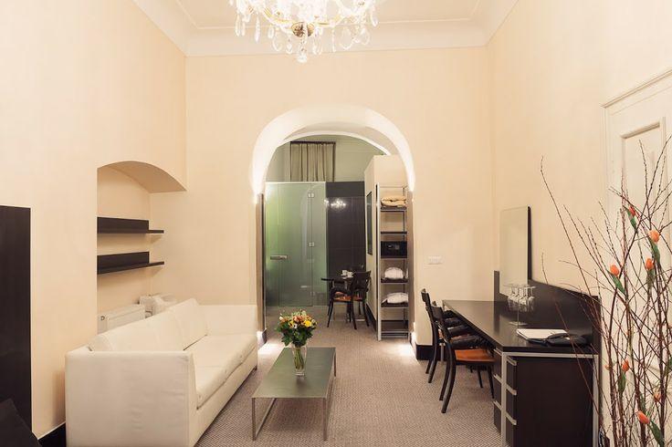 Old Town Square Hotel Prague Starometske namesti 20 - Praha 1 Tel: +420 221 421 111 Emergency: +420 731 502 301 E-mail (reservation enquiry): reception@otsh.com