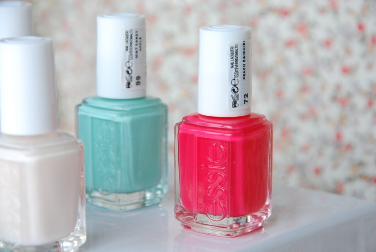 fave colours (mint candy apply and peach daiquiri)