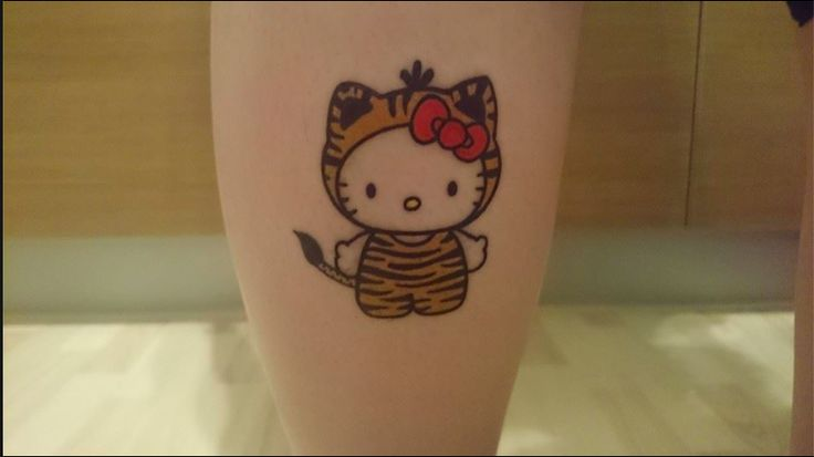 Hello Kitty done by Niels  #tiger, #hello, #kitty, #hellokitty, #leg, #tattoo, #ink, #tijger, #cute, #inspiration, #therisingbastards, #risingbastards, #nijmegen, #bow, #bowtie, #cat, #nijmegenink