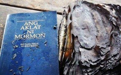 Das Wunderbuch, das vom Feuer verschont wurde