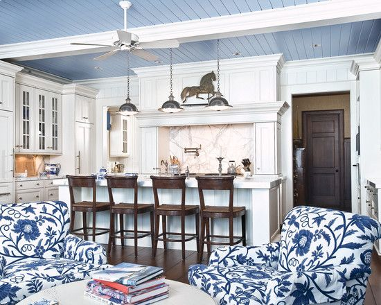 Traditional Kitchen Design, Pictures, Remodel, Decor and Ideas - page 39  Decoration is not exactly my taste but that is the layout of my kitchen.: Kitchens, White Kitchen, Idea, Beach House, Traditional Kitchen, Blue Ceilings, Kitchen Design, Blue And White