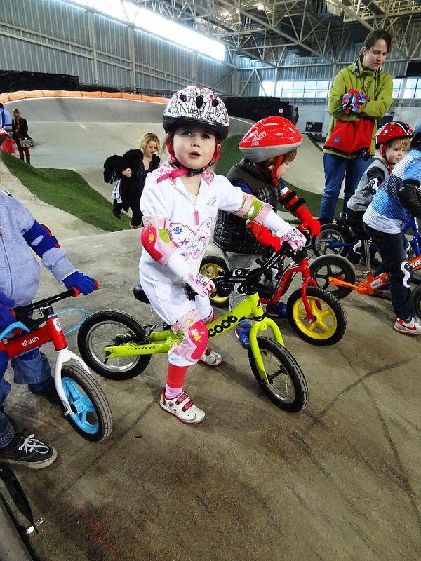 Rowerek biegowy Ridgeback Scoot http://www.aktywnysmyk.pl/69-rowerki-biegowe-ridgeback-scoot