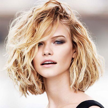 1000+ ideas about Coupe Cheveux Ondulés on Pinterest | Cheveux ...