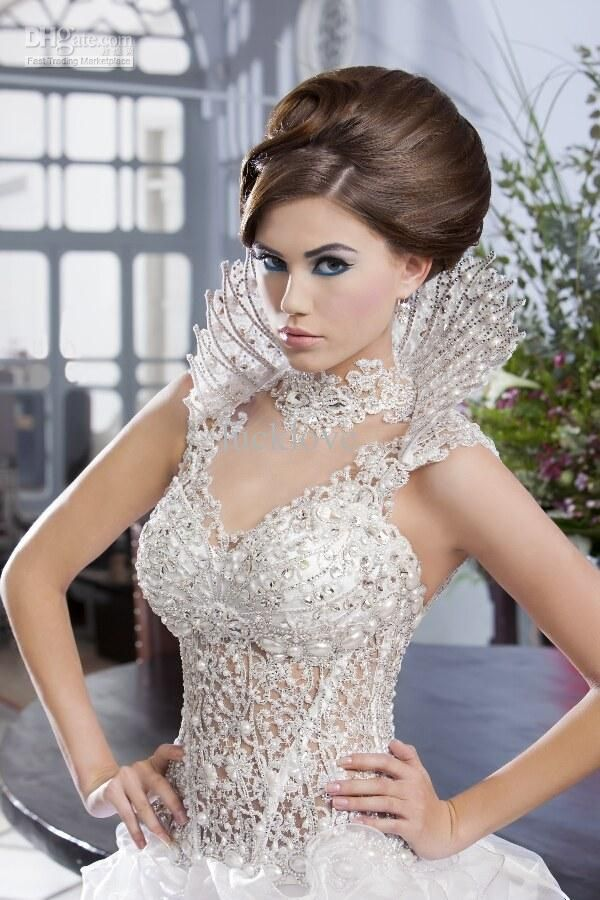 Custom Made 2013 The Newest Design Luxury Beautiful Wedding Dress Lace Beads Corset Ruffles Organza