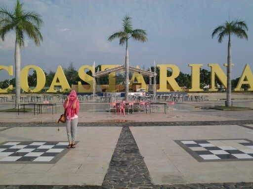 This is coastarina ... you can visit this place on batam island .... you can loo your chinessee shio, you can get excercise and look sunrise