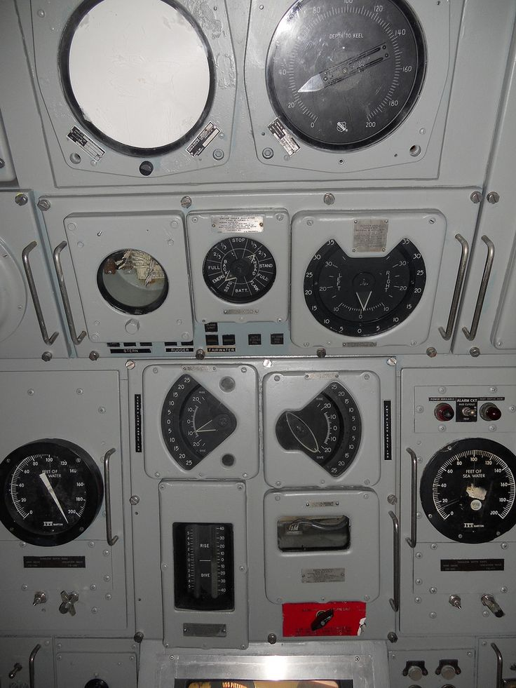 Spaceship Engine Room: 17 Best Images About Submarine Interior On Pinterest