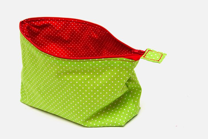 Idee fai da te :: Idee regalo Natale fai da te, la borsetta per il trucco