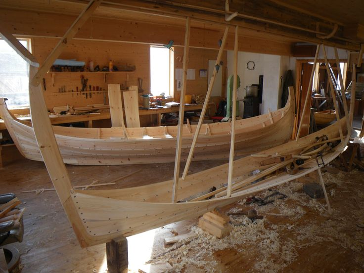 Ny og gammel type Nordlandsbåt