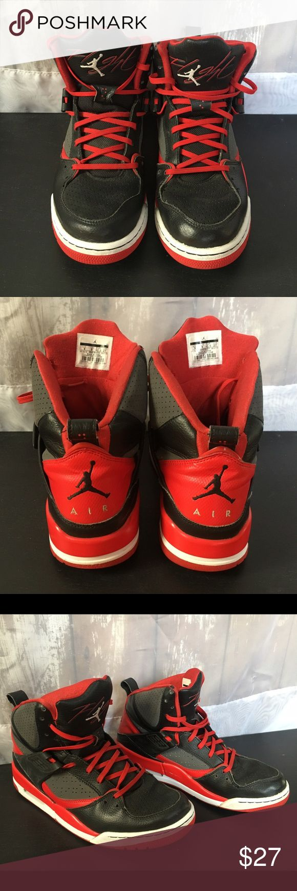 Men's Air Jordan Flight 45 Men's Air Jordan Flight 45 Black and Red. Missing front strap on both. Shoes show minor signs of Wear and tear as seen in pictures. Size 9. Jordan Shoes Athletic Shoes