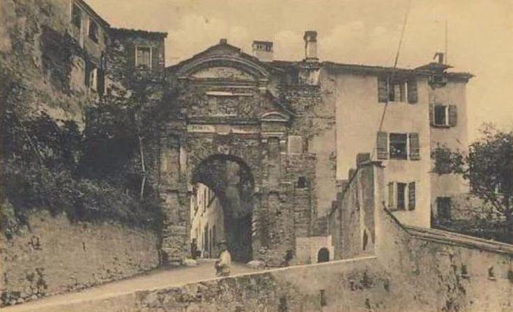 Porta Rugo Belluno Dolomiti Veneto Italia da Belluno e la sua storia https://www.facebook.com/groups/350195298472781/?ref=ts&fref=ts