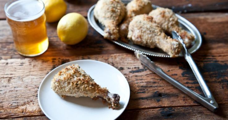 Patas de pollo marinadas en cerveza, suero de leche y pan rallado