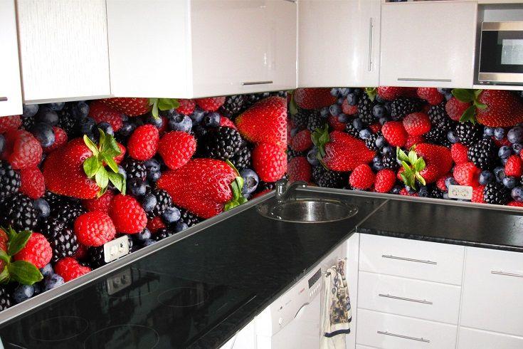 Кухонный фартук Лесная ягода. Цена 430 грн. Декор для ванной и кухни, декор и текстиль для кухни, декоративные наклейки, наклейки printable, наклейки на кухню, виниловые наклейки для кухни, декоративные наклейки на мебель