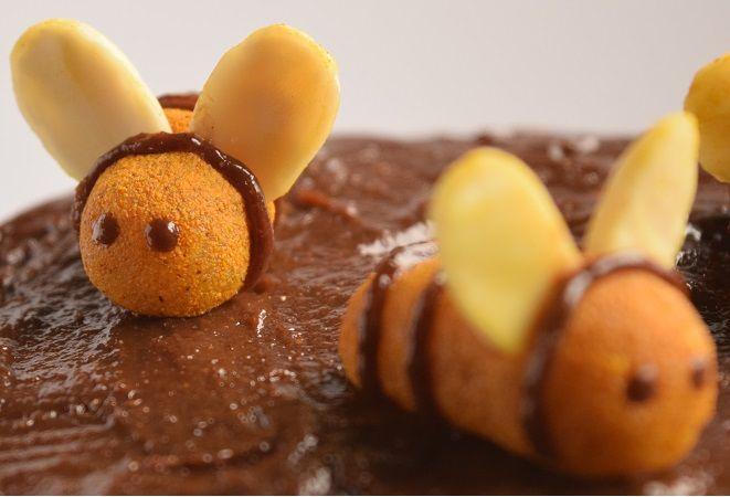 Μελισσούλες από αμυγδαλόπαστα χωρίς ζάχαρη !!