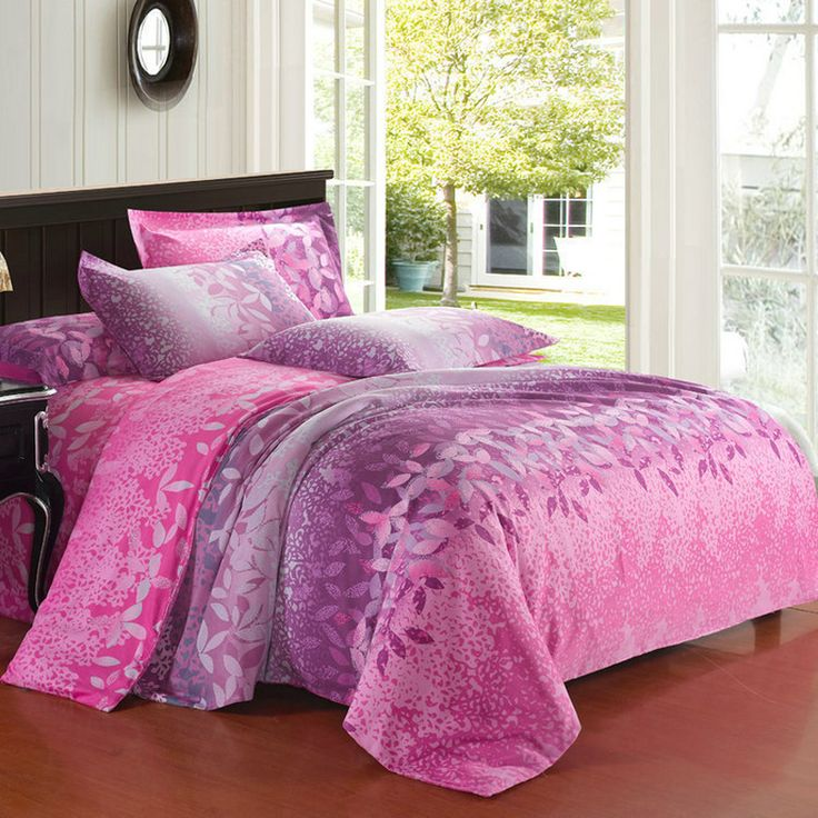 this pink garden bedding sets brings a breath of air new life into any bedroom the purple and pink bedding sets have a rich traditional pattern design with