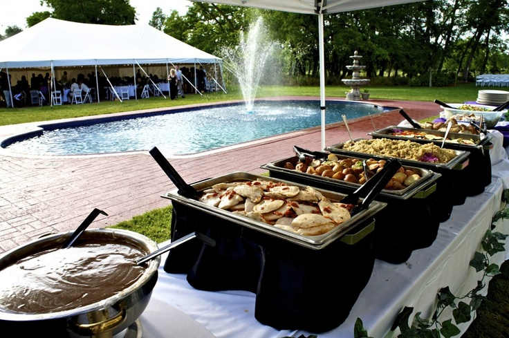 Backyard wedding BBQ buffet! Perfect for a summer wedding.