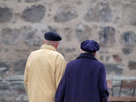"""Auch die Beamten wollen """"Rente mit 63"""" - http://k.ht/3PD"""