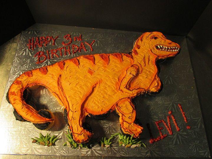Dinosaur Cupcakes | Cupcake Pull Apart Cakes Lancaster | Oregon Dairy Bake Shoppe